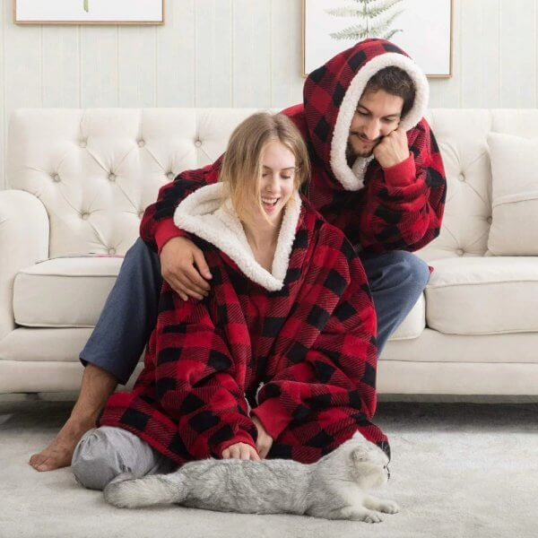 couple pull plaid a carreaux